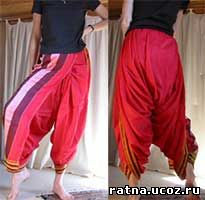 Сари одевается как шальвары. Так носят сари мужчины или актеры (танцовщицы), изображающие мужчин.