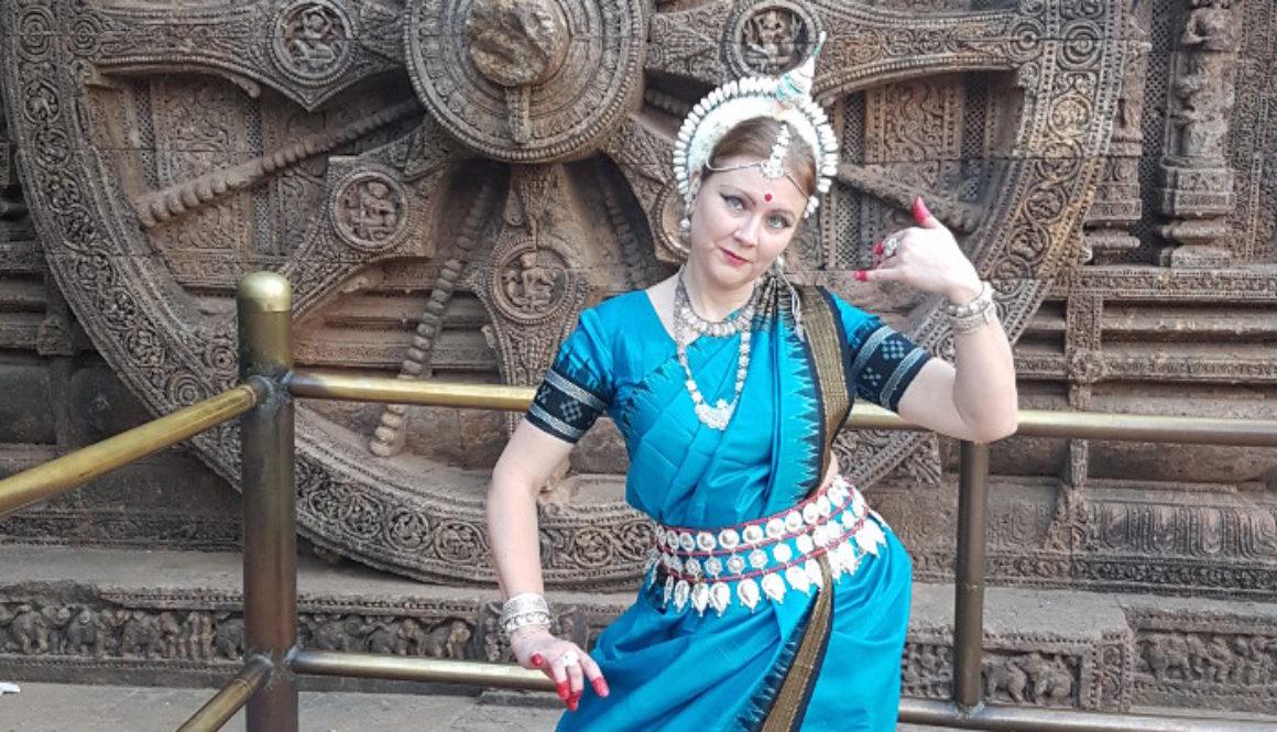 Приглашаем на пробные занятия индийским танцем